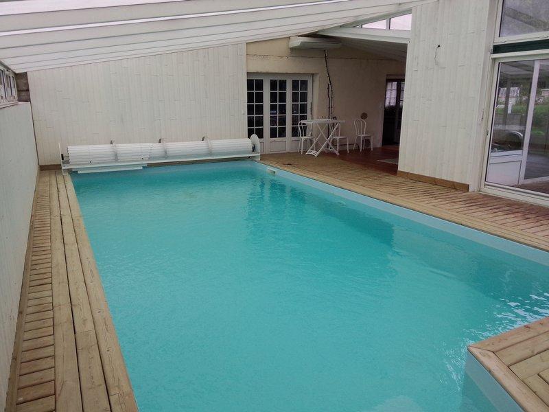 Rare, Maison au calme,avec piscine couverte