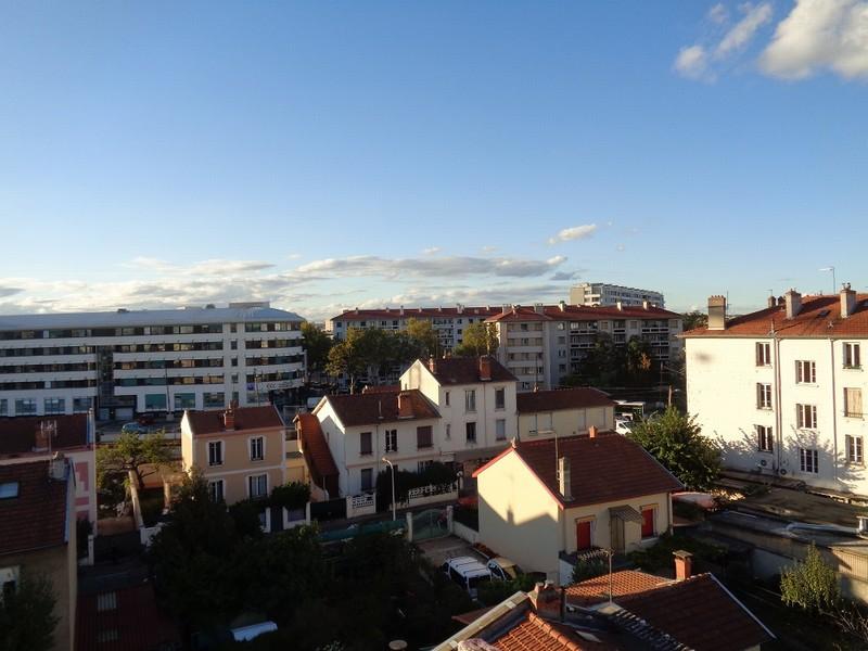 Appartement 55 m2 Mairie 8 ème