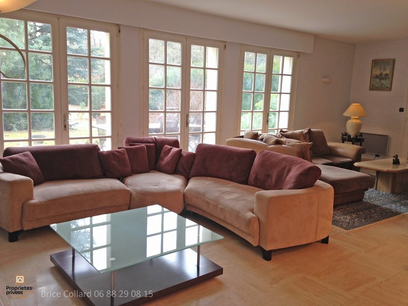 Maison bourgeoise 6 chambres Lamorlaye