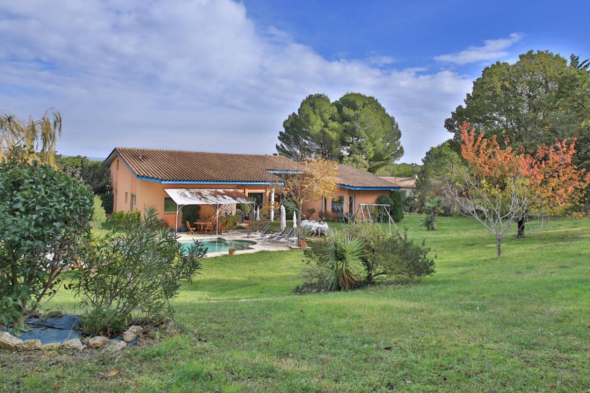 Vente maison 400 m aix en provence 13100 - Abri de jardin flovene aixen provence ...