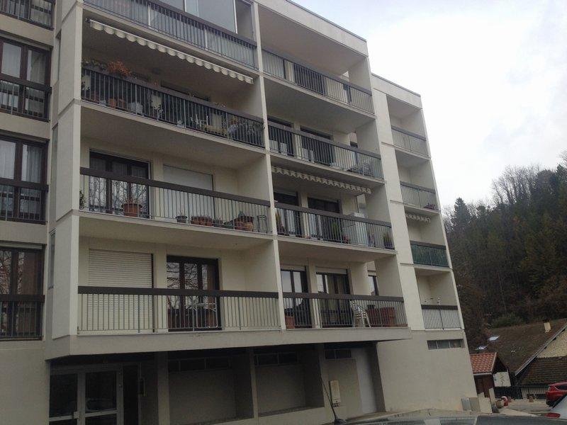 Gex - Appartement 4 pièces - 81.57m² - garage fermé - parking estérieur
