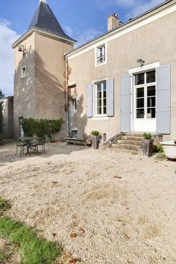 Maison - 15 piece(s) - 300 m2