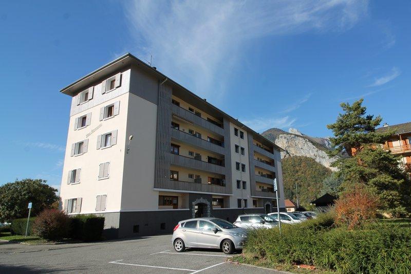 Vente T4 75 m² FAVERGES (74210) 158000