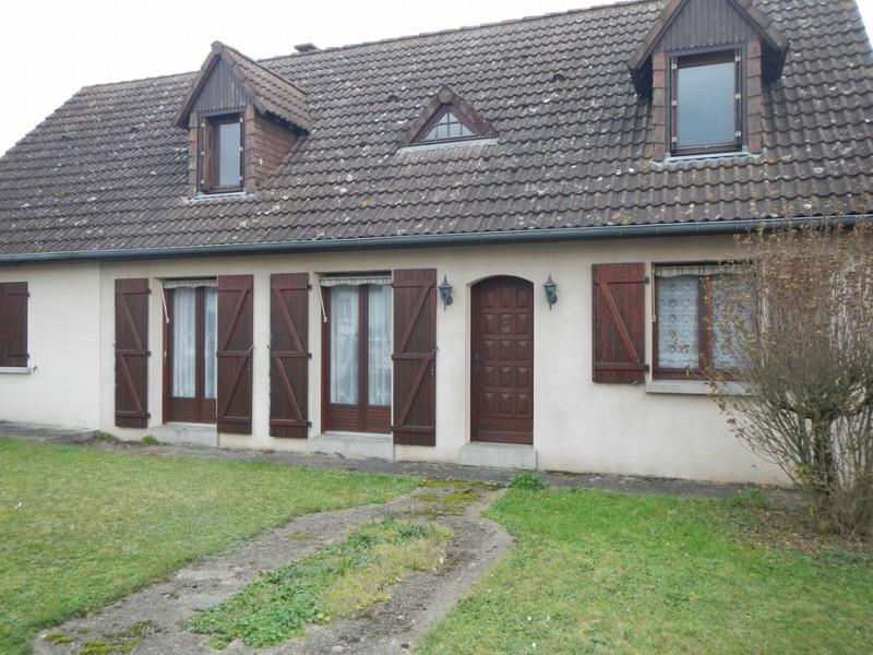 Vend Grande maison Saint-Gervais en Belin (72220)