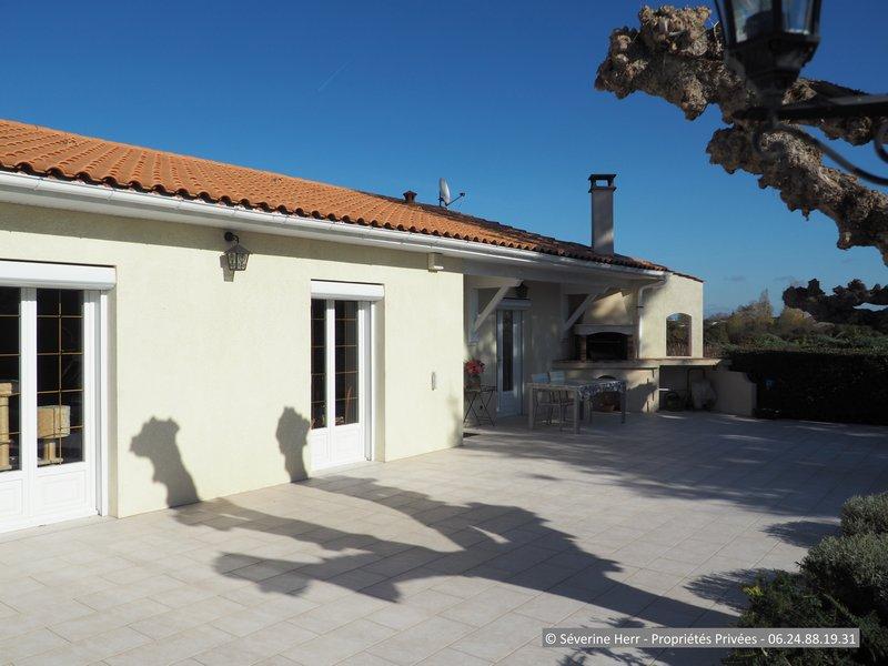 Vente maison 140 m saint andre de cubzac 33240 for Agence st andre de cubzac