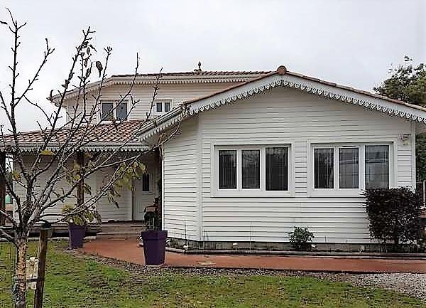Villa 5 chambres  et dépendance 2 chambres sur 1100 m² de terrain