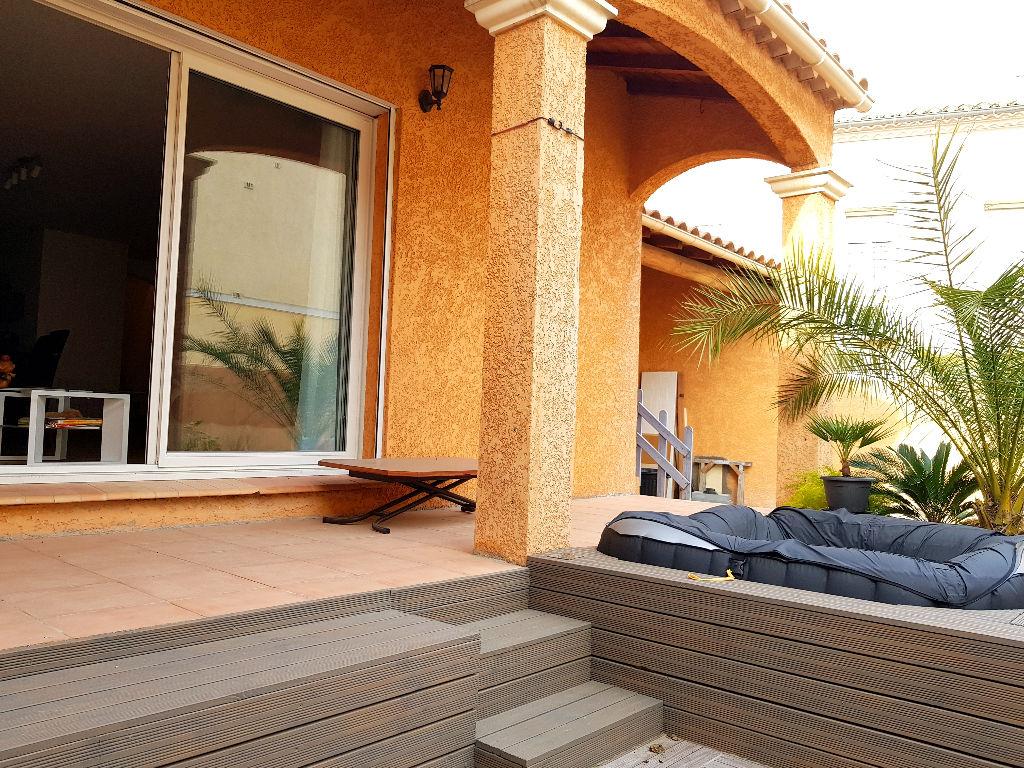 Vente Villa 142 m² SAINT GILLES