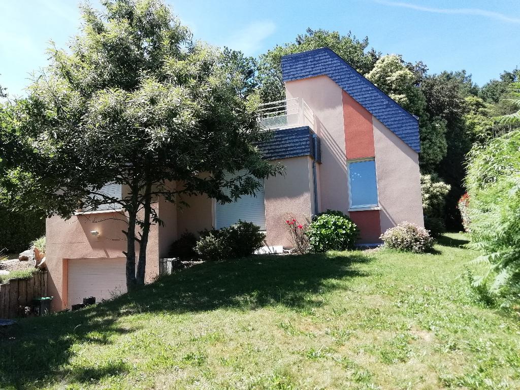 56700 KERVIGNAC villa contemporaine 374 360  FAI