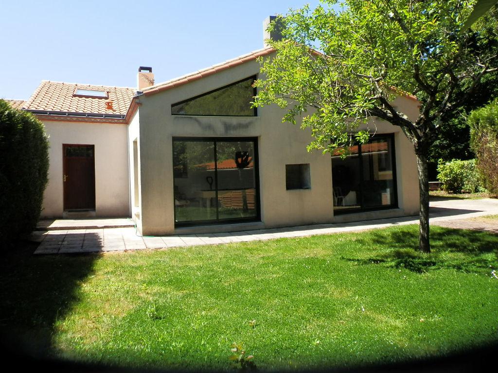 Maison - 7 piece(s) - 128 m2