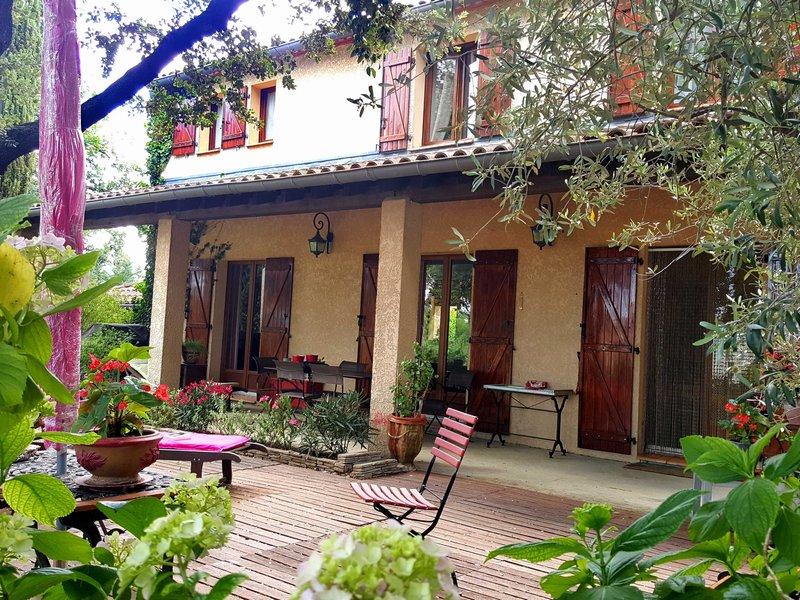 Villa 160m², parcelle 1558m²