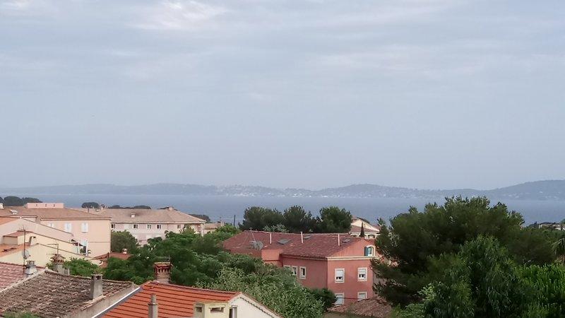 Beau T4/5 Carqueiranne vue mer Belle terrasse