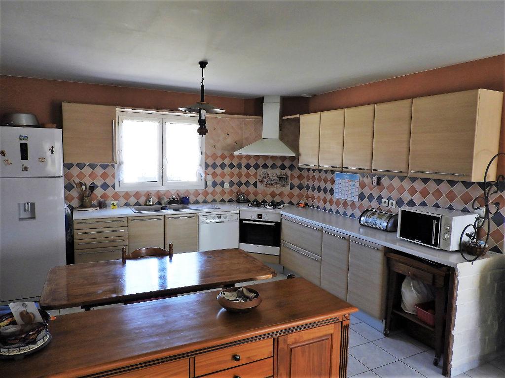 vente villa 145 m bagard 30140. Black Bedroom Furniture Sets. Home Design Ideas