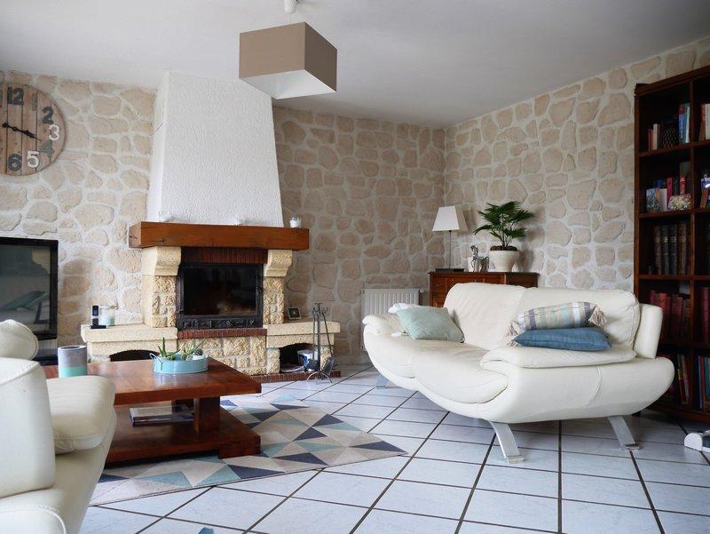Belle maison juste à poser les meubles