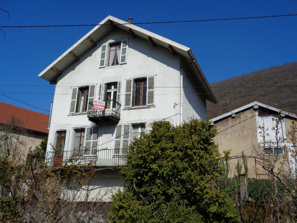 Maison - 9 piece(s) - 180 m2