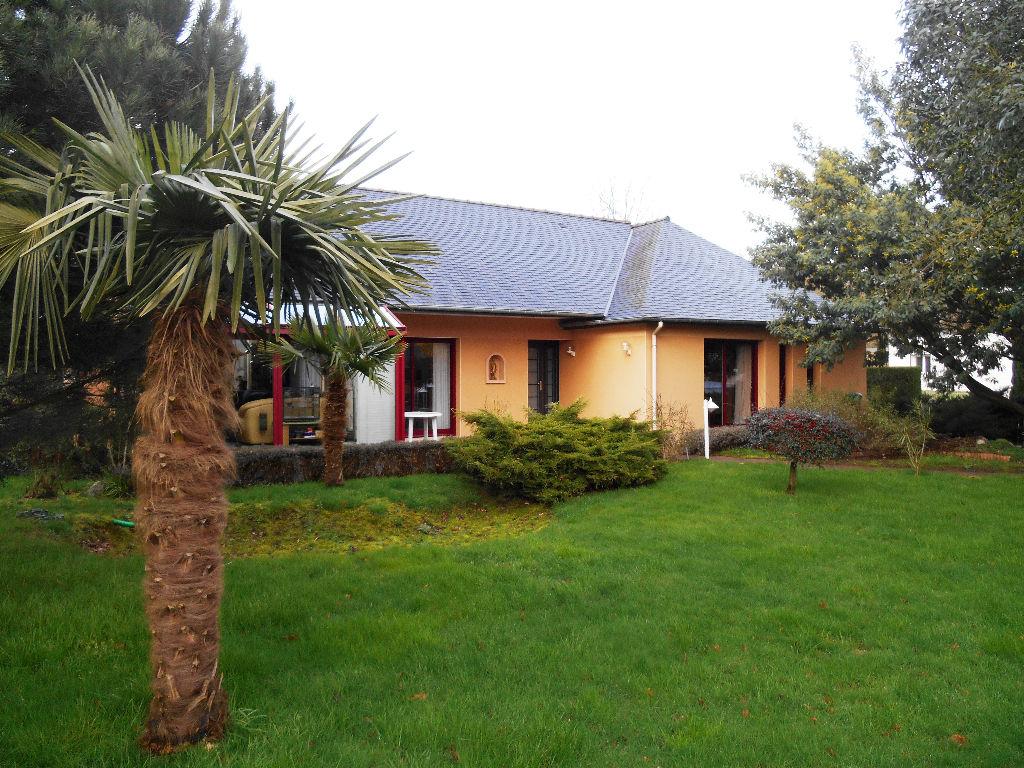 Maison Bobital 4 pièce(s) 140 m2
