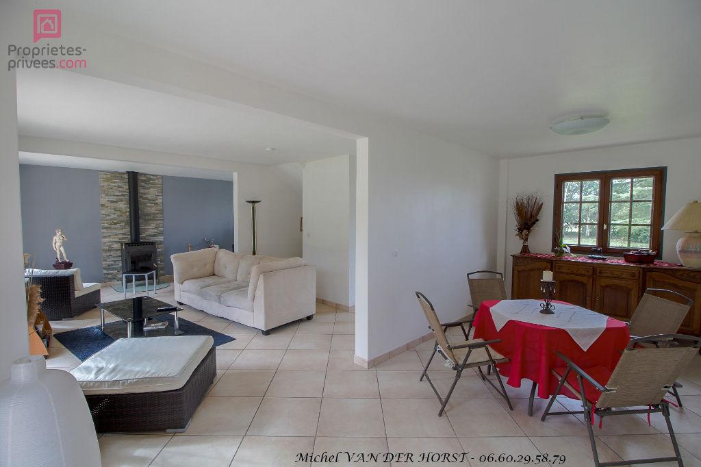 Maison sur l'axe Conches - Damville - Manthelon 5 pièce(s) 120 m2