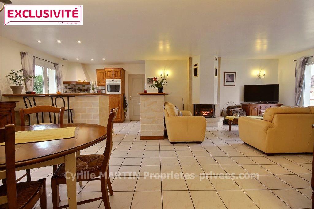 Maison Ormes 6 pièce(s) 151 m2