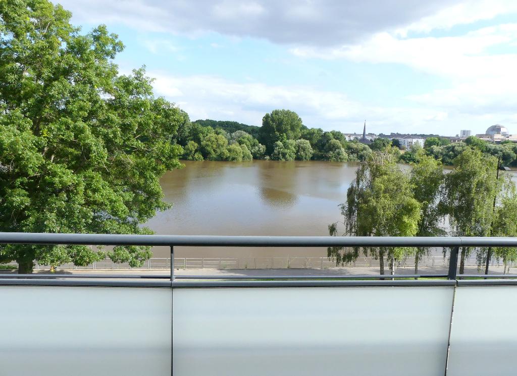 Appartement Nantes 2 pièces 45 m2, terrasse 28 m2