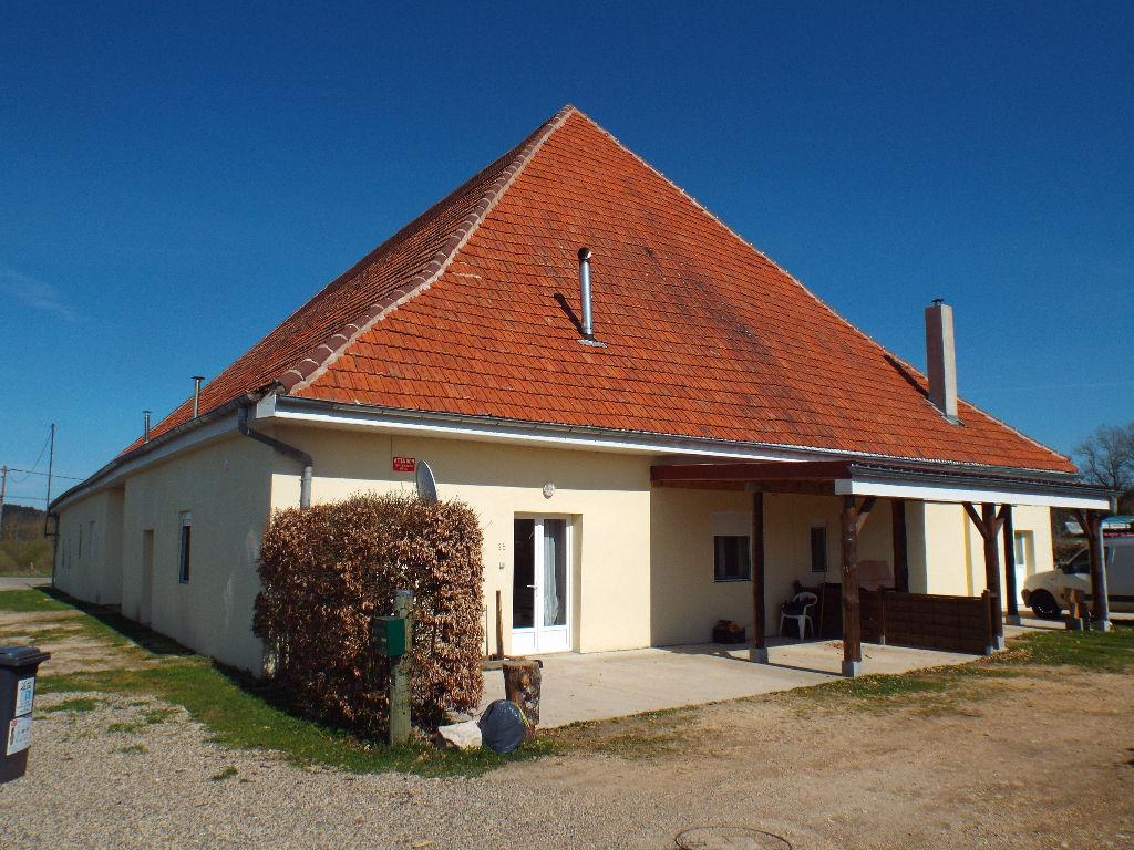 Secteur Levier Grande maison 900 m2 sur terrain 25 ares
