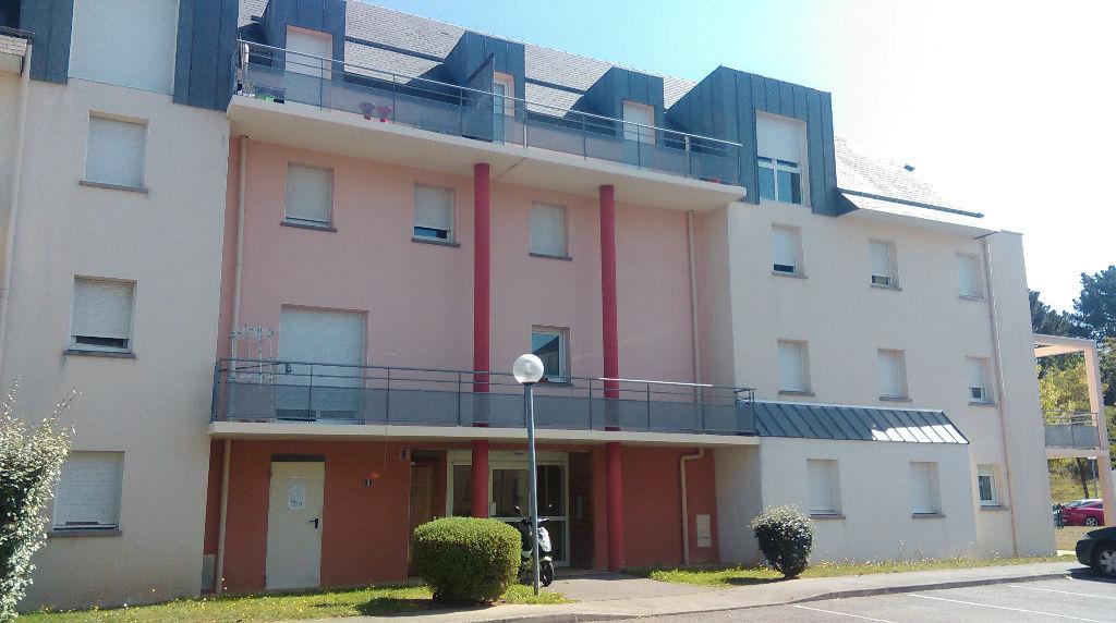 Appt Hennebont 2 pièce(s) 48 m2 duplex Atypique