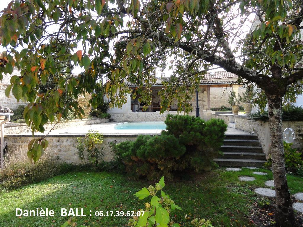 maison TORSAC 6 chambres piscine