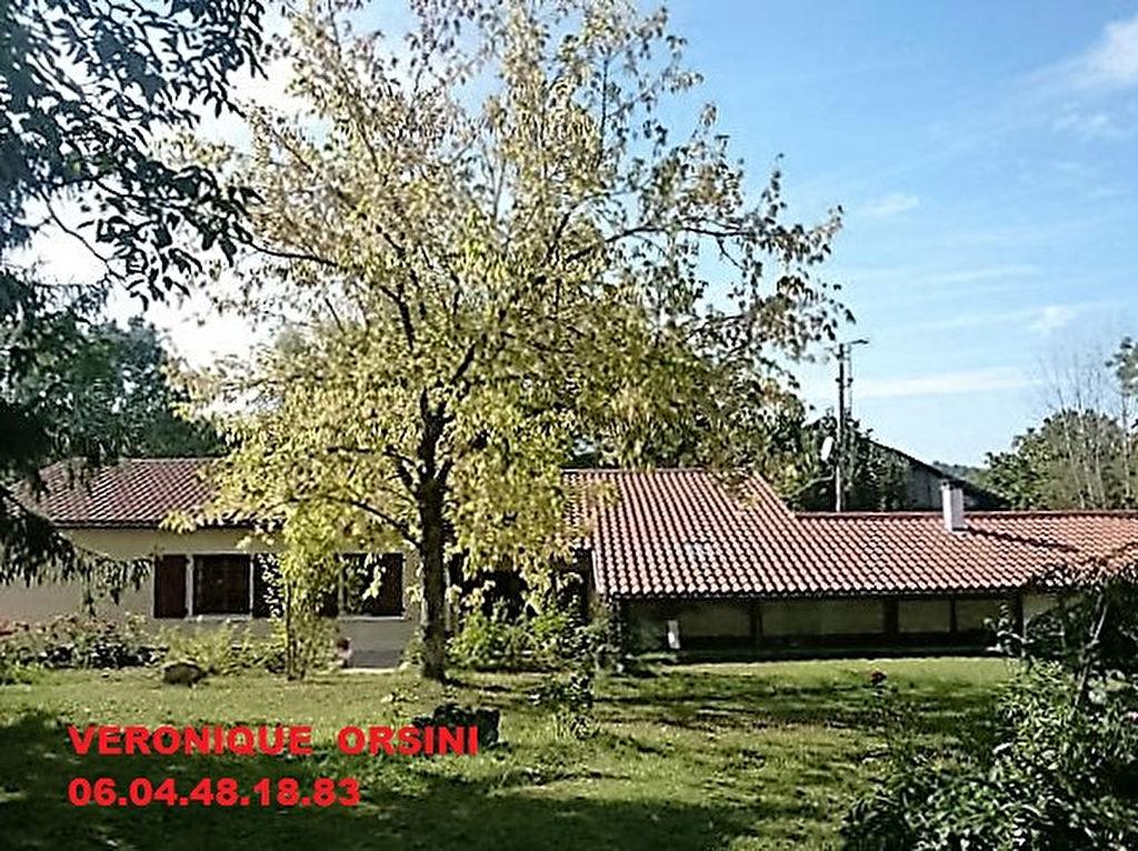 Maison Saint Andre Et Appelles 12 pièce(s) 211 m2