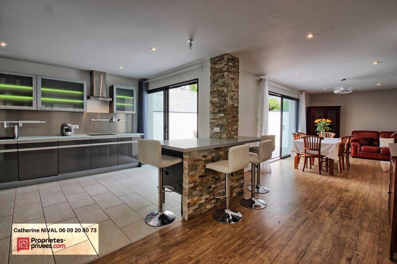 vente maison 140 m saint herblain 44800. Black Bedroom Furniture Sets. Home Design Ideas