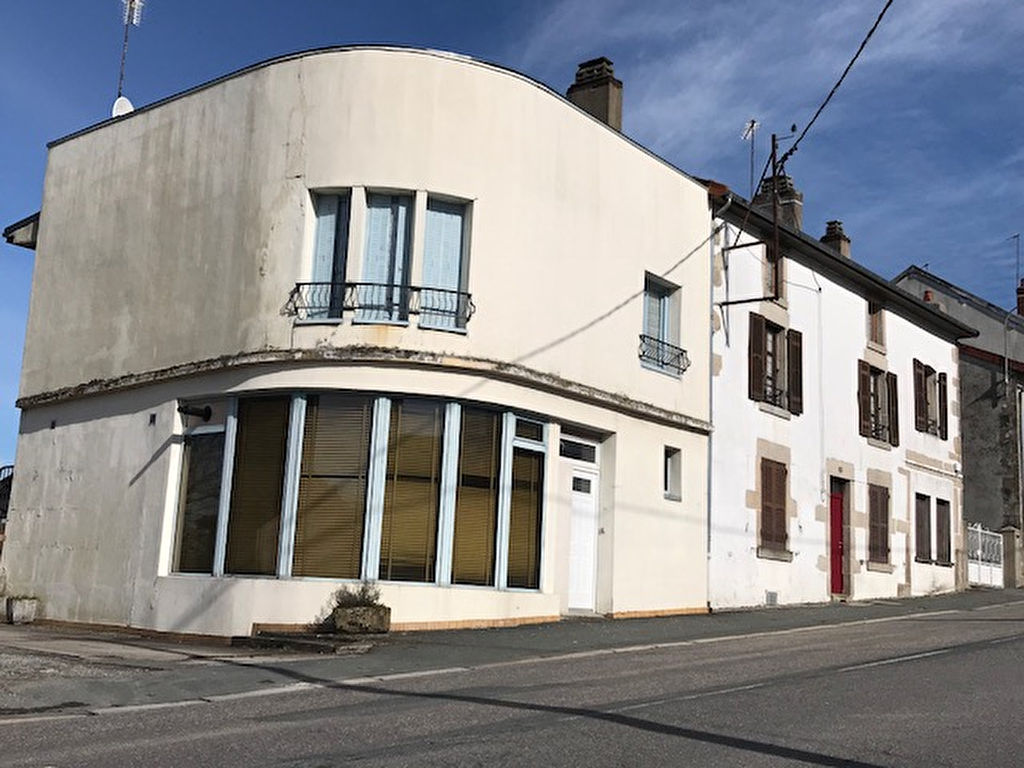 23400 BOURGANEUF - MAISON 335m2 AMENAGEE EN 4 APPTS