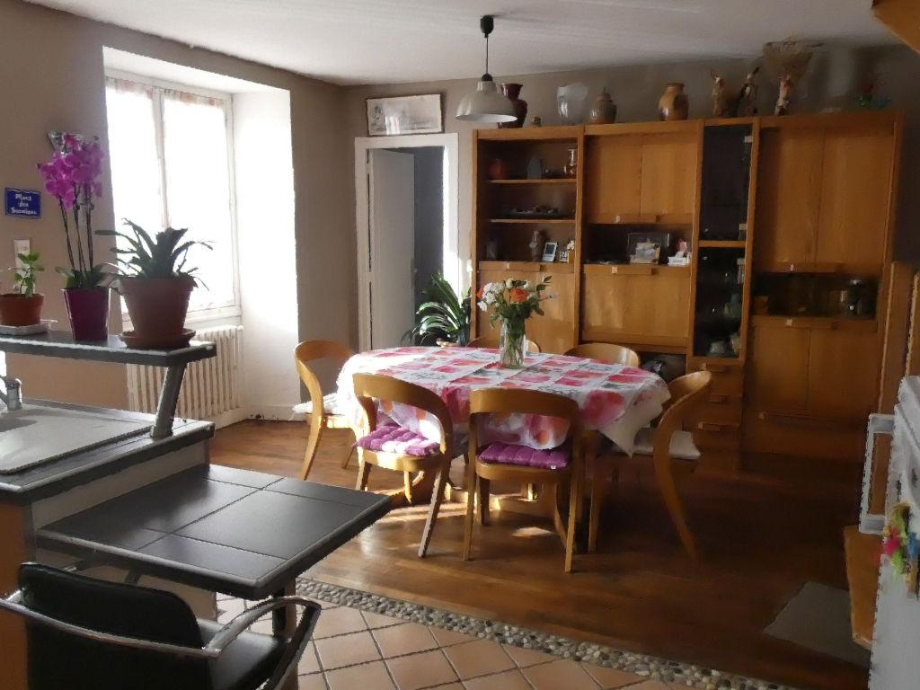 Maison Tredion 5 pièce(s) 84 m2