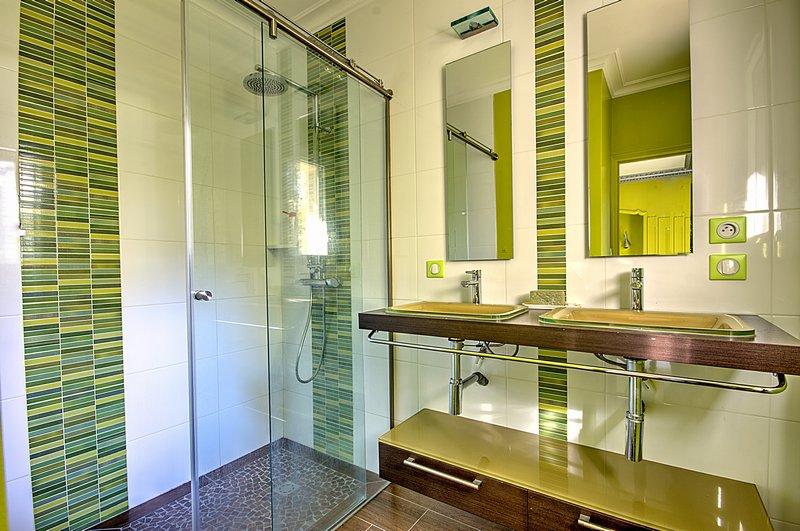 vente maison d 39 architecte 180 m la roche sur yon 85000. Black Bedroom Furniture Sets. Home Design Ideas