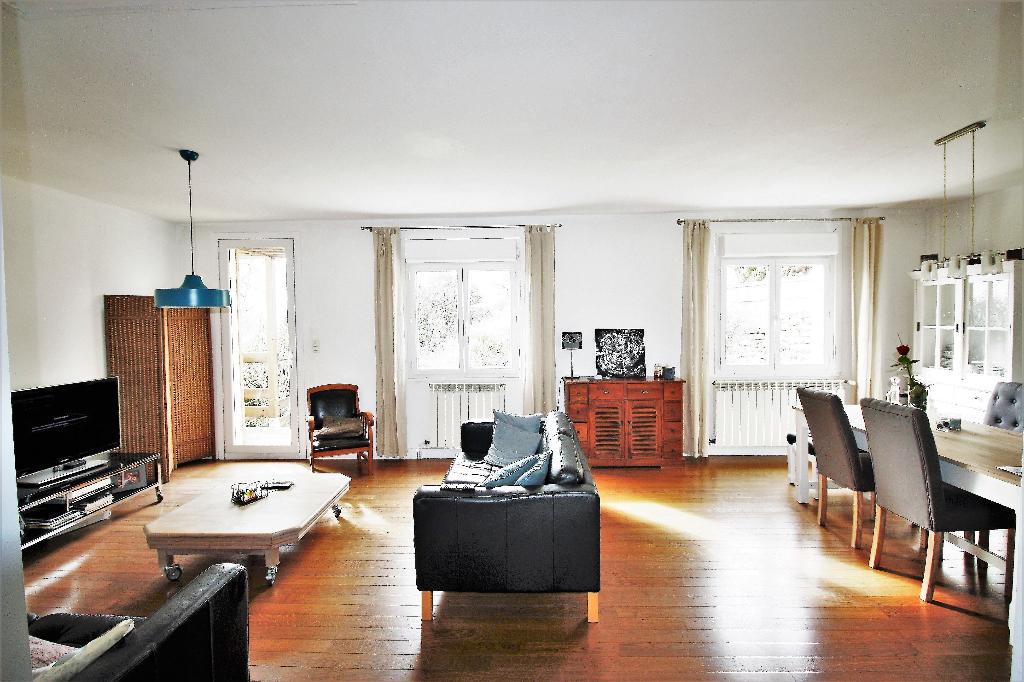 Maison de village Secteur Bram 6 pièce(s) 135 m2