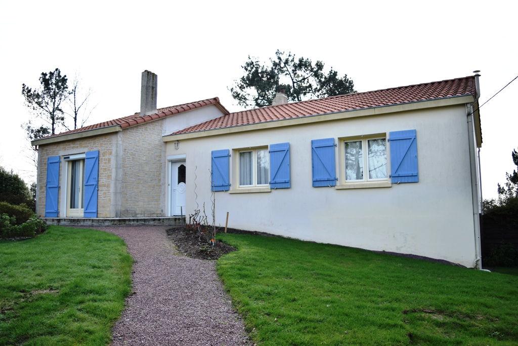 Vente Maison 135m2 LA CHAPELLE ACHARD  (85150) 5 pièce(s)