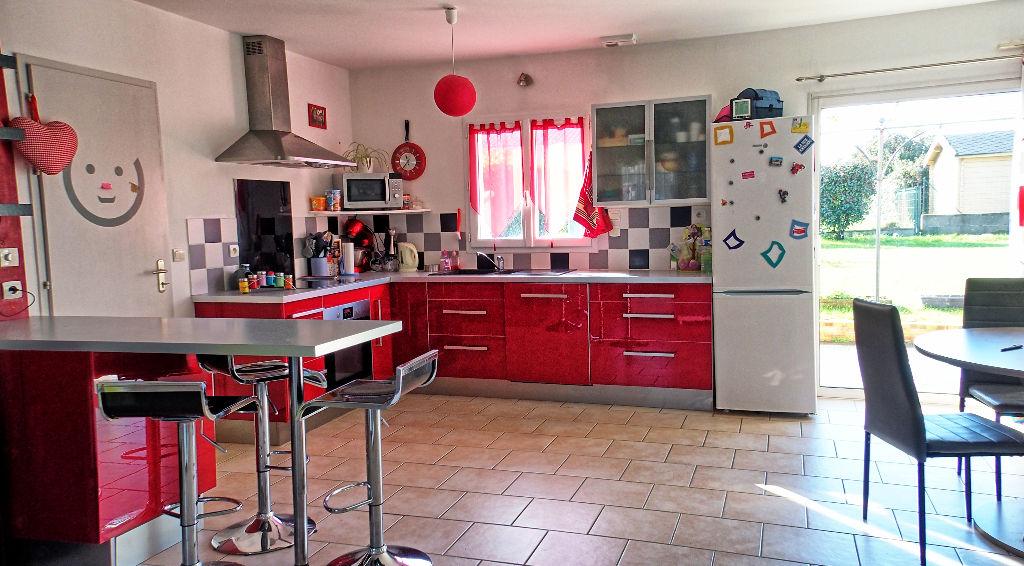 Maison Tillieres 4 pièce(s) 82 m2