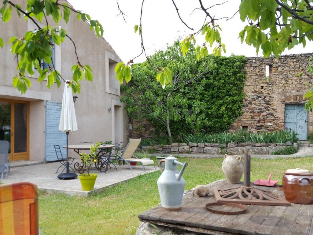 vente maison 160 m clermont l 39 herault 34800. Black Bedroom Furniture Sets. Home Design Ideas