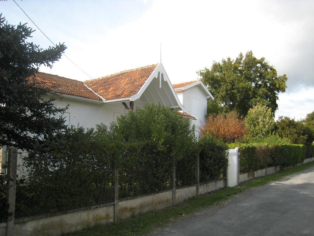 Maison  Taussat