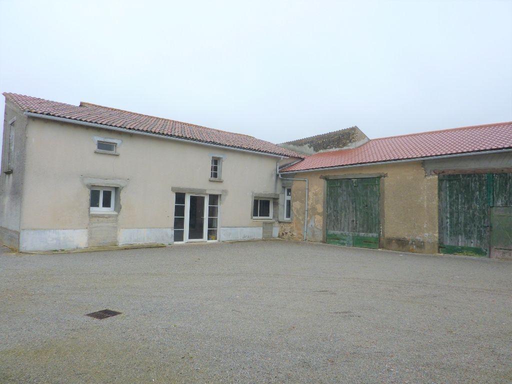 Maison Maisonneuve 4 pièce(s) 235 m2 à restaurer