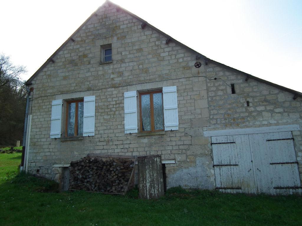 Maison en pierre et briques, proche N2