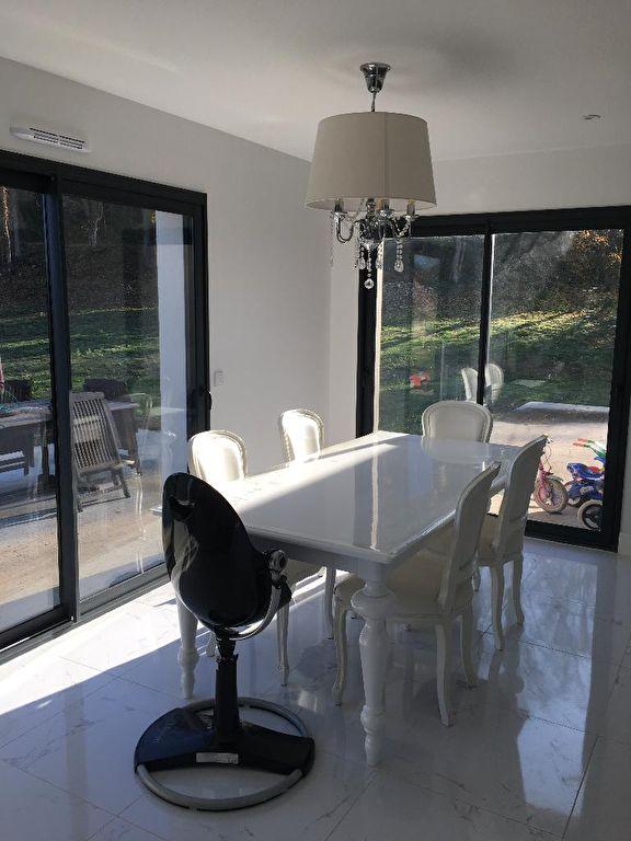 vente maison d 39 architecte 190 m dreux 28100. Black Bedroom Furniture Sets. Home Design Ideas