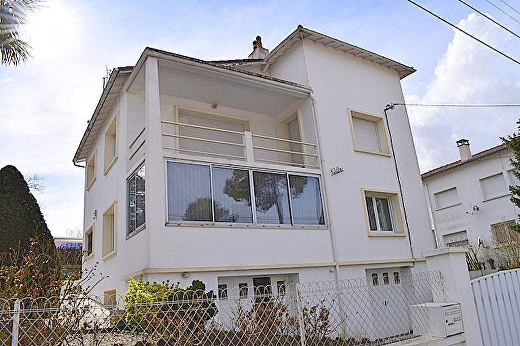Maison Saint Georges De Didonne 7 pièce(s) 160 m2