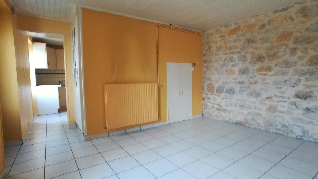 Maison de village proche St Antonin noble val 86 m2