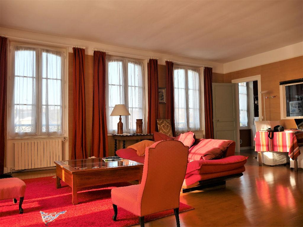 Maison Dreux 220 m2 Secteur St Pierre