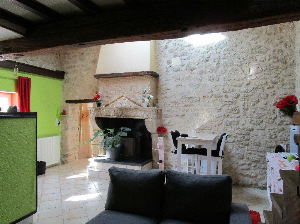 Maison en pierre 160m2 Saint-antoine-du-queyret  33790