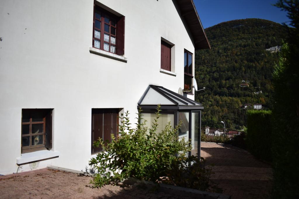 Appartement Saint Claude 4 pièce(s) 103 m2