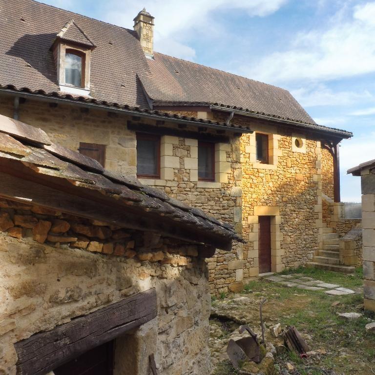 Maison en pierre d'env. 260 m², piscine et jardin d'env. 8 500 m²
