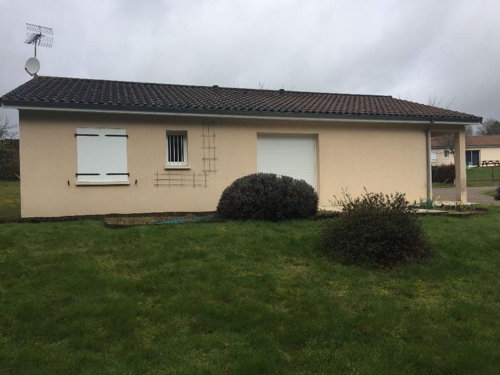 Maison Brigueuil 5 pièce(s) 90m2