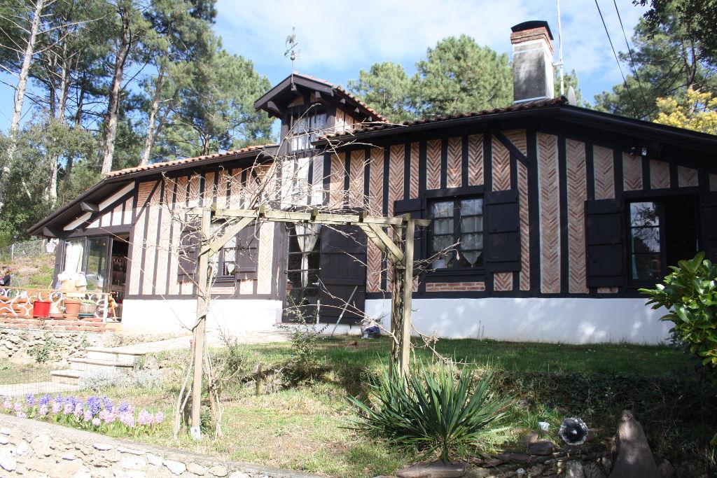 Maison Seignosse 5 pièce(s) 170 m2 Proche du lac d'hossegor