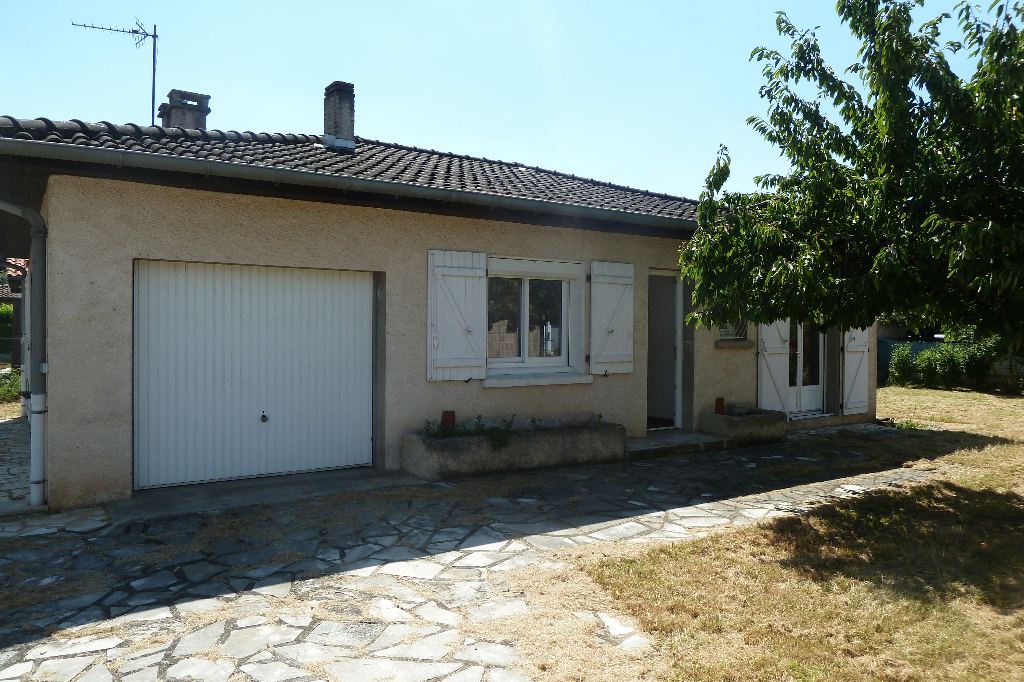 A vendre aux portes de Castres 81100, Maison rénovée avec garage et jardin