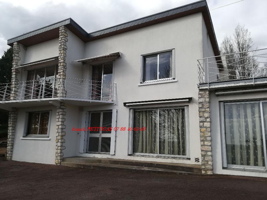 Vente maison r cente 227 m chateau du loir 72500 for Vente maison recente