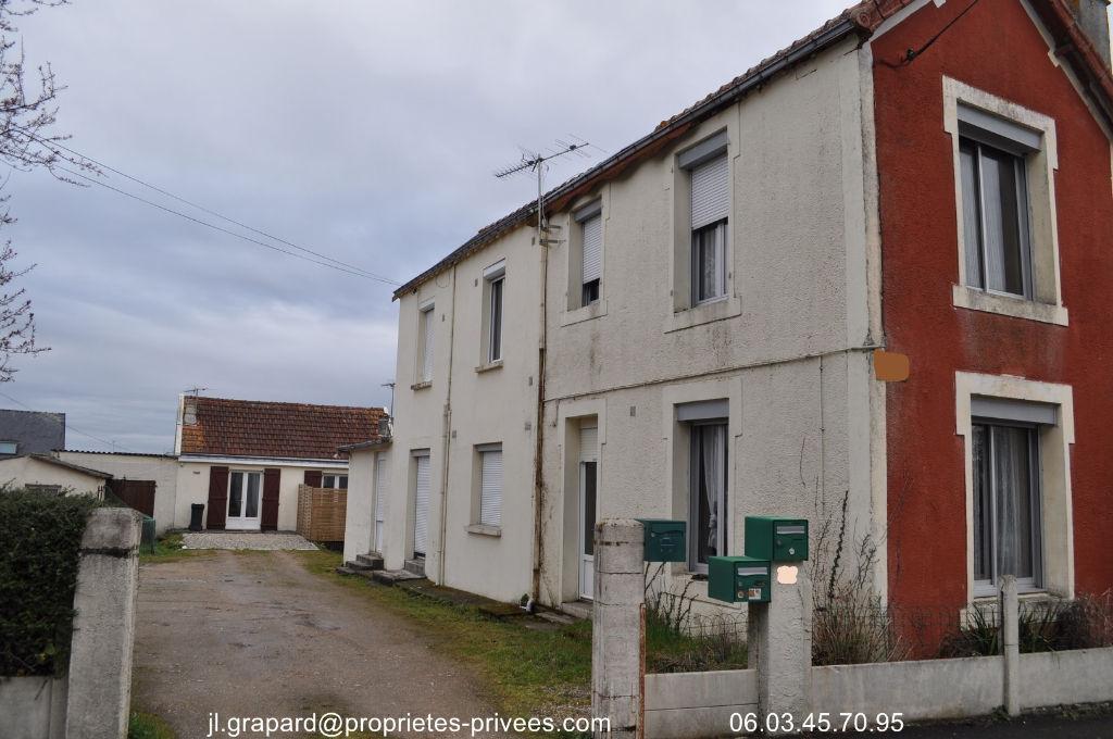 2  maisons à rénover 56750 DAMGAN