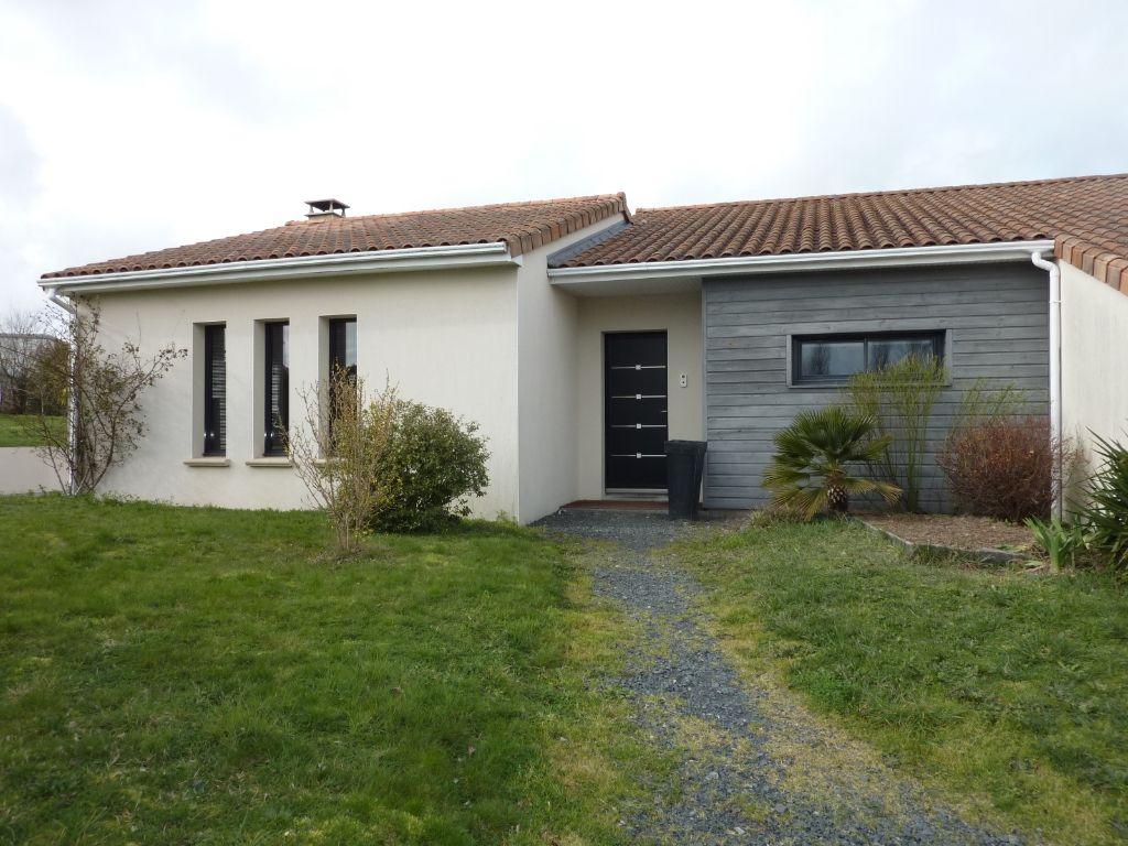 Maison Cholet 8 pièce(s) 159.5 m2